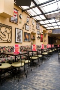 cafenea-arcade-cafe